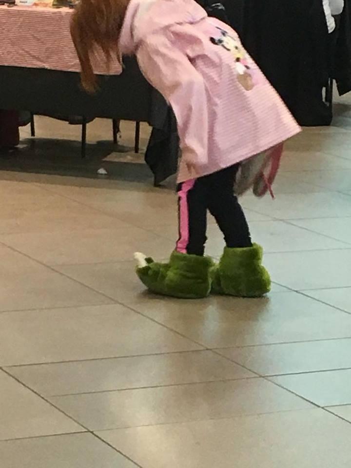 monster-slippers