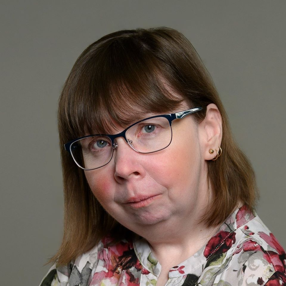 Alison Neuman